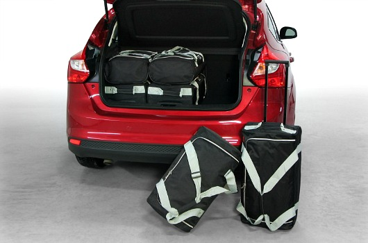 f10201s ford focus 5d 11 car bags 1
